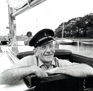 1960: Francis Chichester aboard his ketch rigged yacht Gipsy Moth III